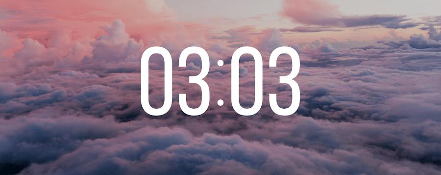 03h03