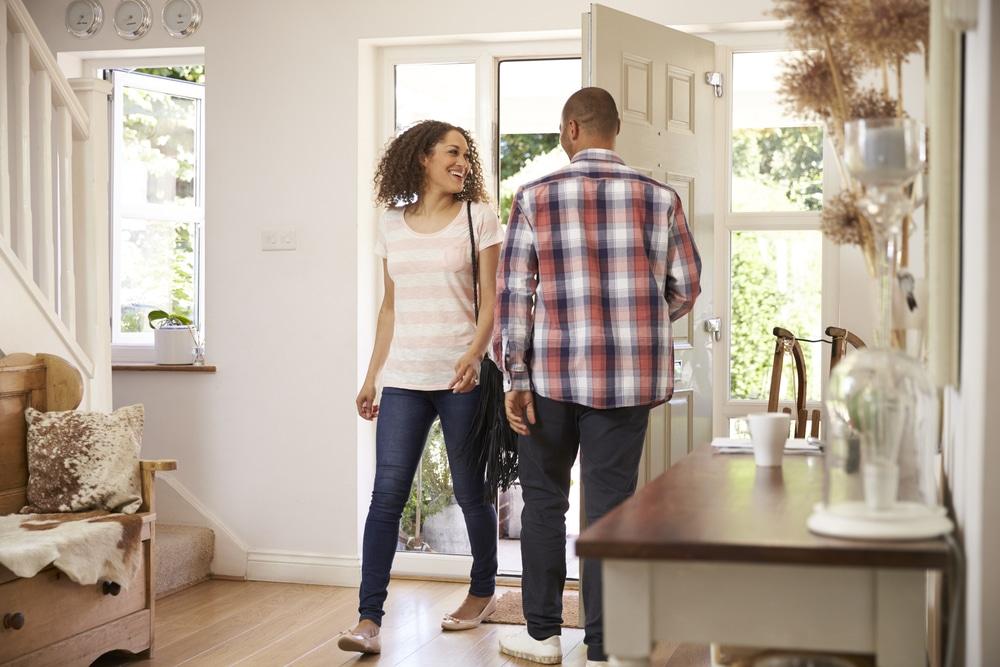 Couple : zoom sur ces amoureux qui vivent séparément
