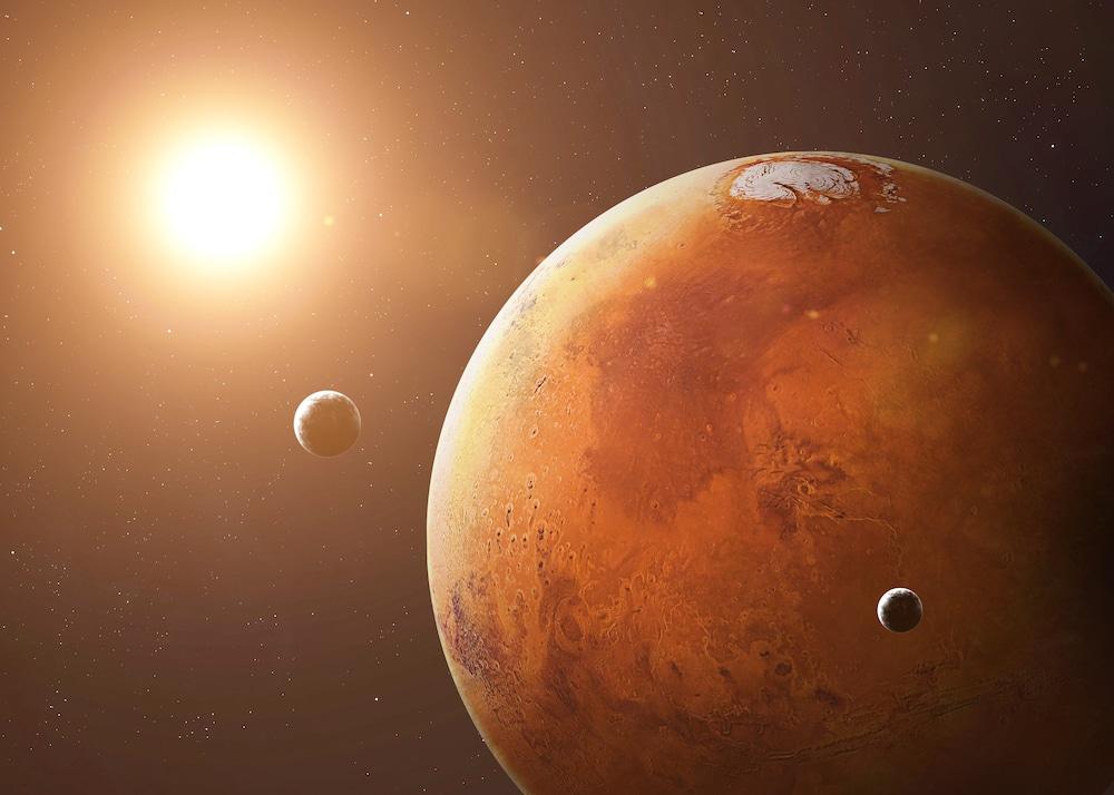 planète mars éclairé par le soleil