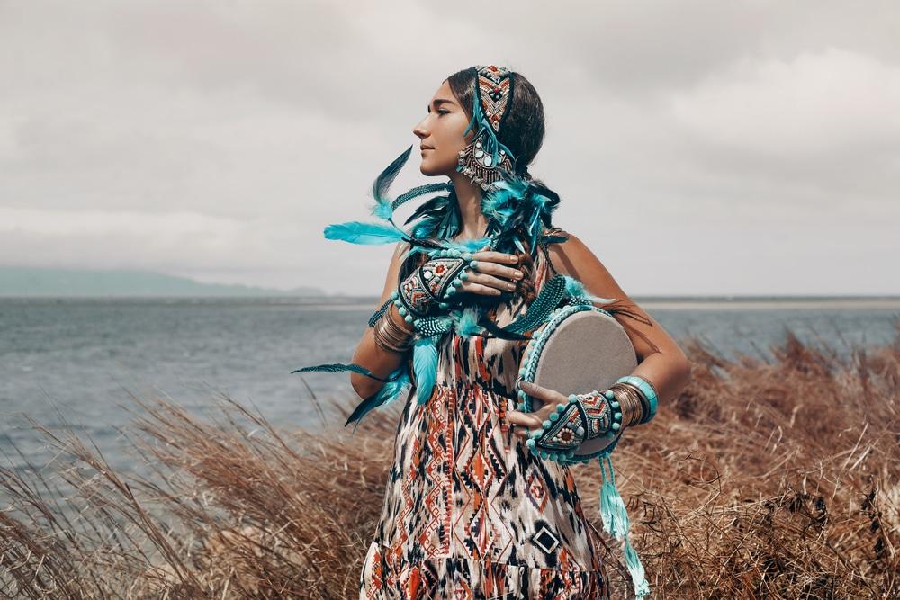 une femme chamane